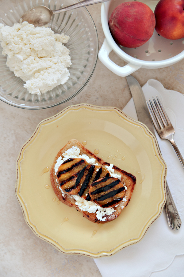 grilled peach toast | hannah lundberg bay area food photographer