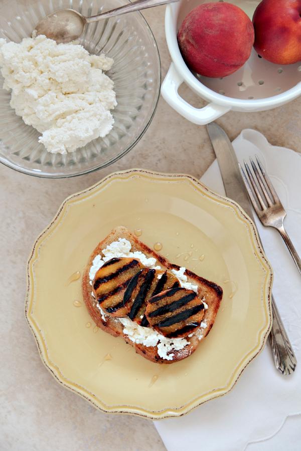 grilled peach toast | hannah lundberg bay area food photographer
