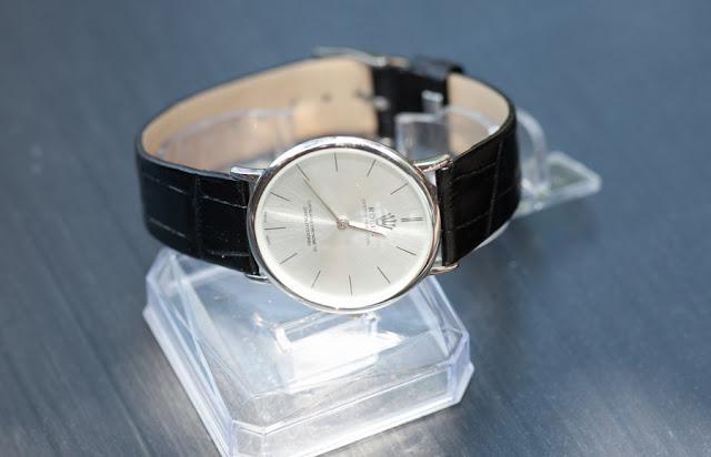 Đồng hồ rolex 2 kim R115
