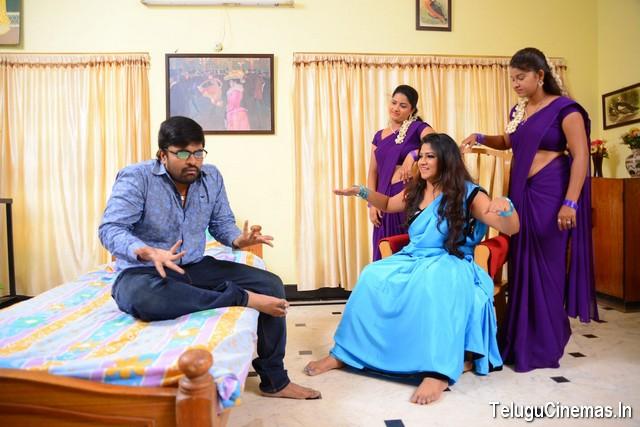 Saahasam Seyara Dimbhaka Photo Gallery, Saahasam Seyara Dimbhaka photos, Saahasam Seyara Dimbhaka pictures, Saahasam Seyara Dimbhaka images, Saahasam Seyara Dimbhaka stills, Saahasam Seyara Dimbhaka gallery, Saahasam Seyara Dimbhaka Telugucinemas.in, Saahasam Seyara Dimbhaka pics, Saahasam Seyara Dimbhaka hot jyothi photos, Saahasam Seyara Dimbhaka
