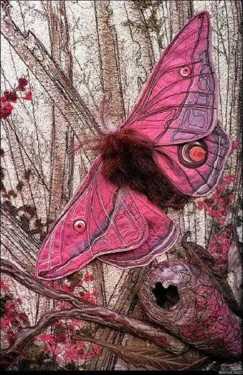 realistic picture on textile art