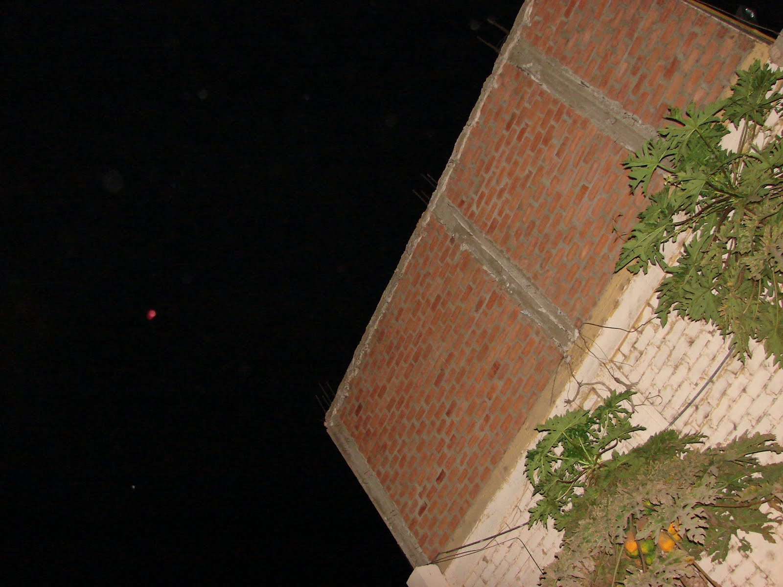 atencion-11-12-13-14-15-16-diciembre-2012 ultimos avistamientos ovni NIBIRU-PLANETA x-rojo-en cielo