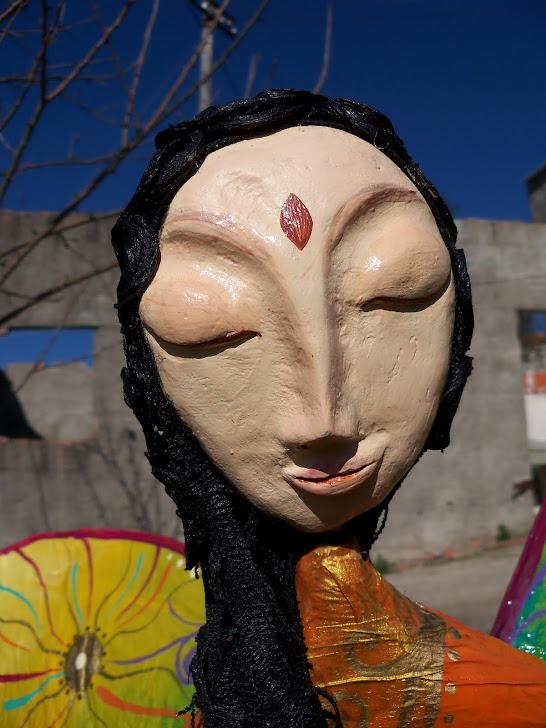 detalhe cara da Fada Buda