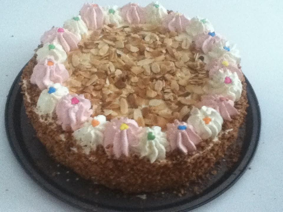 Genoise cake decoration - Decoration gateau genoise ...
