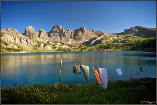 Allos Lake (Lac d'Allos), Southern French Alps, drying my clothes, gambar menyidai baju, drying laundry,