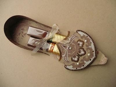zapatos de papel