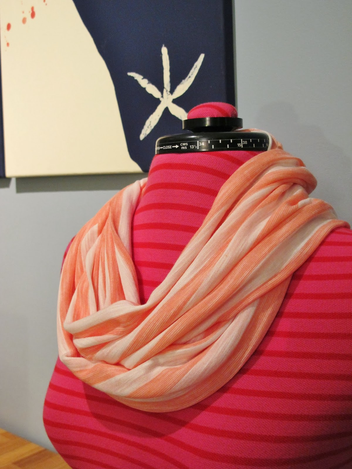How to Make an Infinity Scarf | bonnieprojects.blogspot.com