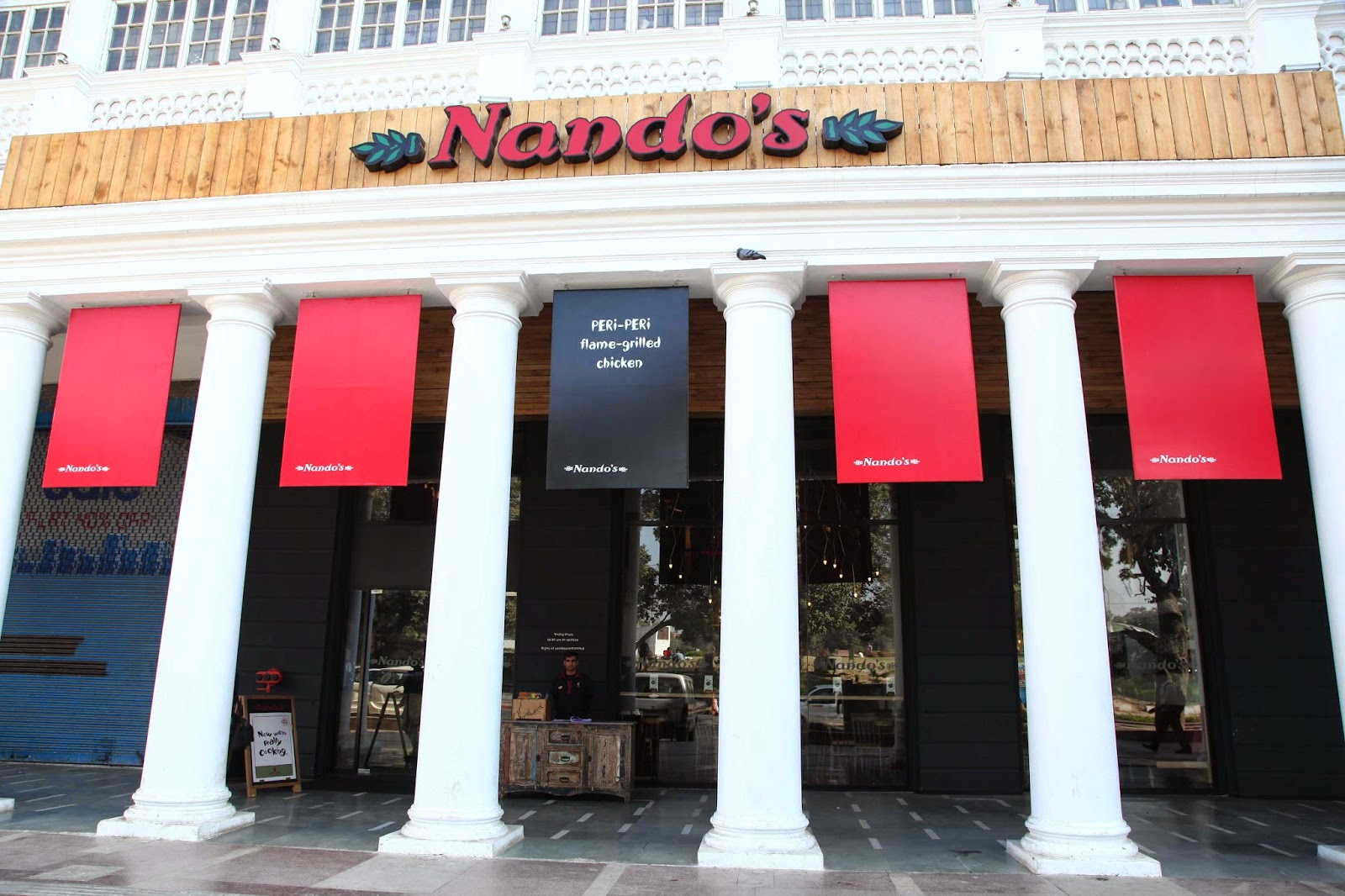 Connaught Place, Nandos