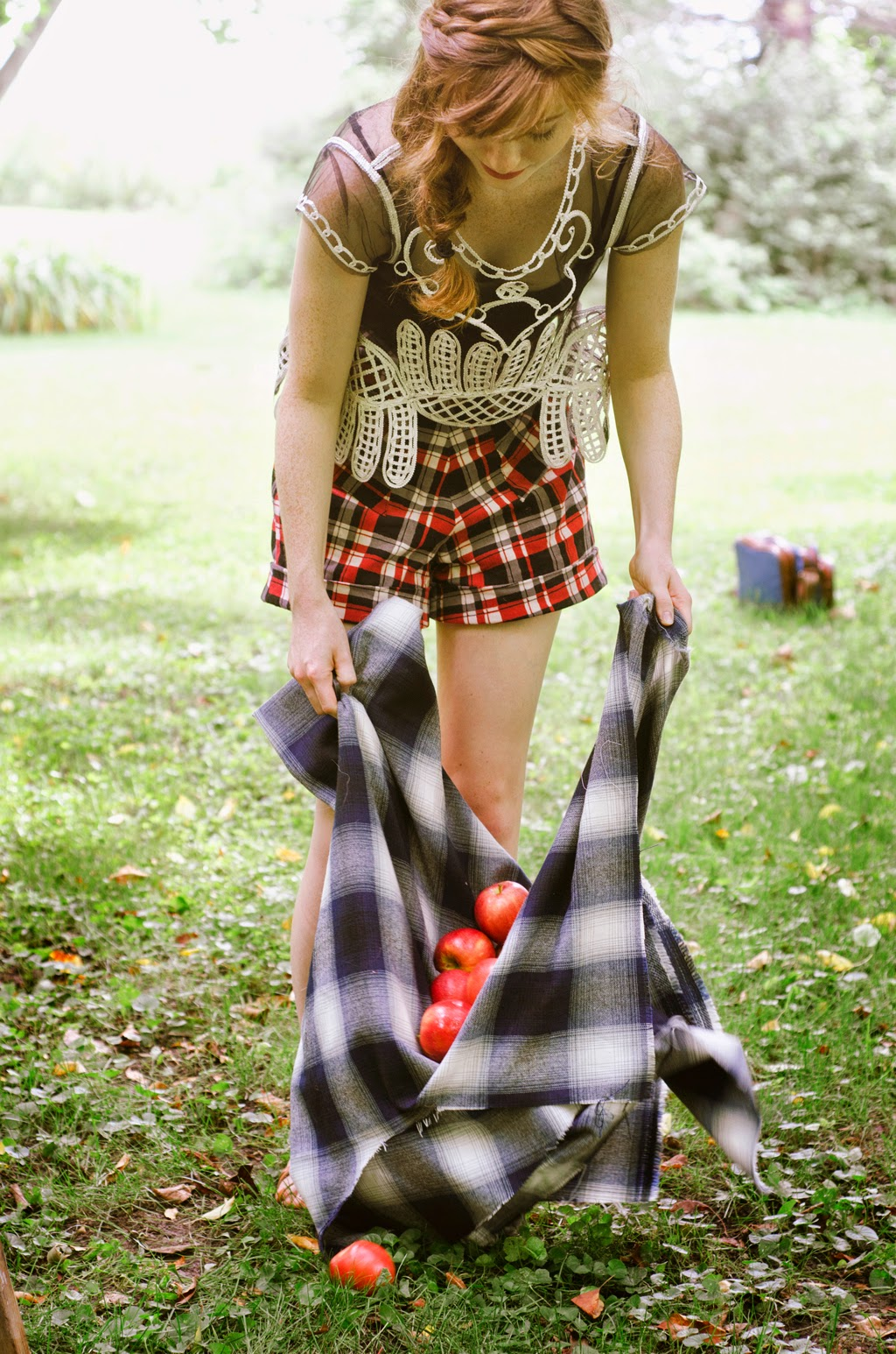 Esther from the Sticks: Summer Sewing: Vintage Plaid High Waisted Shorts