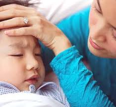 Cara Mengatasi Demam Pada Bayi Secara Alami