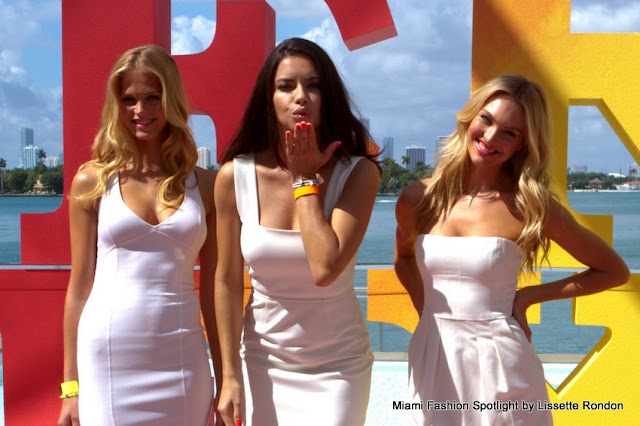 "Angels in the city: Victoria's Secret supermodels kicked off ""Very Sexy"" tour in Miami"