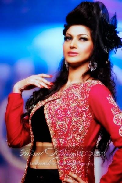 Beautiful Sana Nawaz HD Wallpaper - all 4u stars wallpaper
