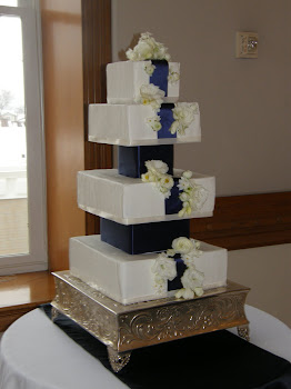 4-tier square buttercream