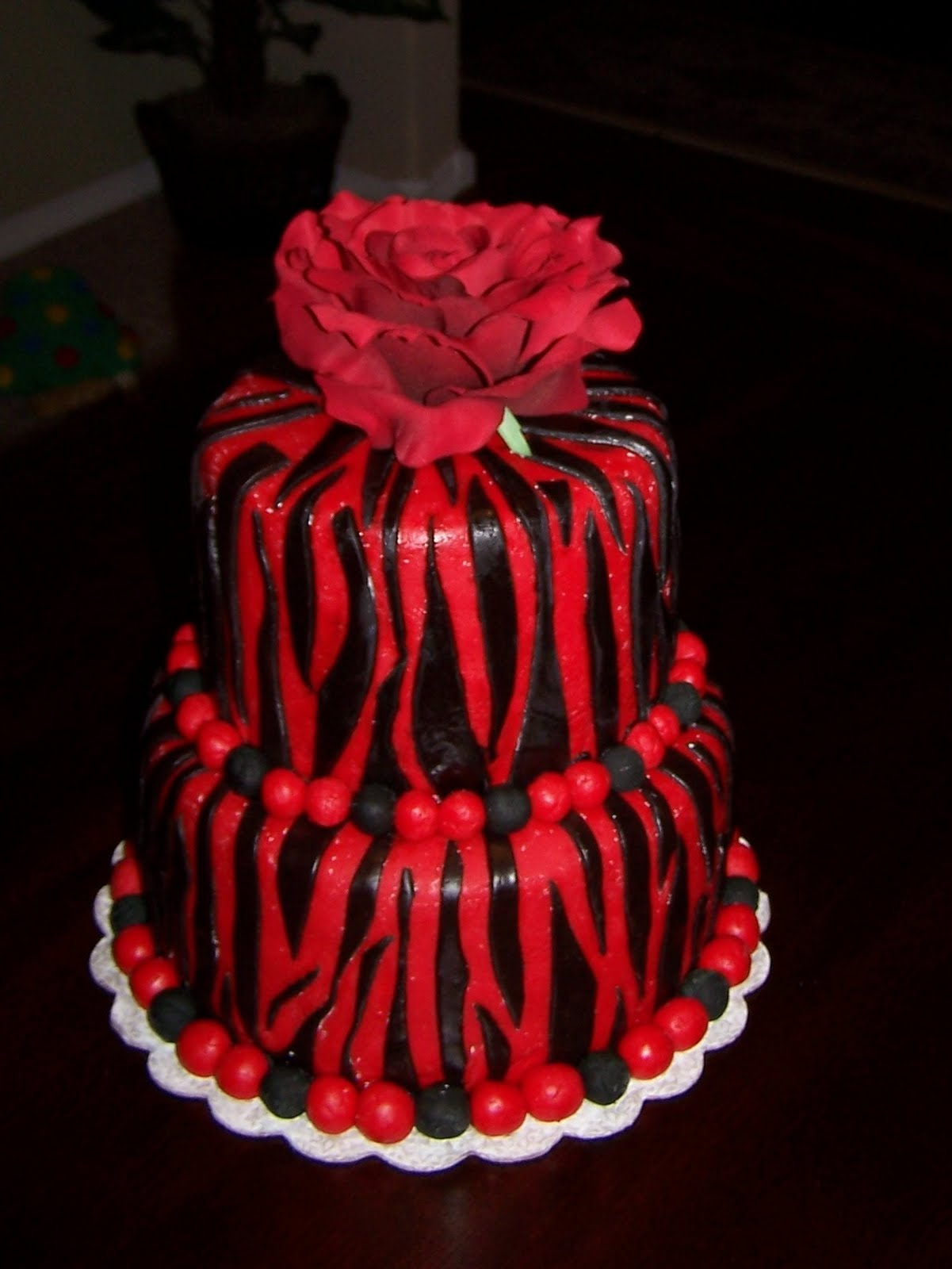 Images Of Red Birthday Cake : Heather Calvin Cakes: Red and Black zebra print birthday cake