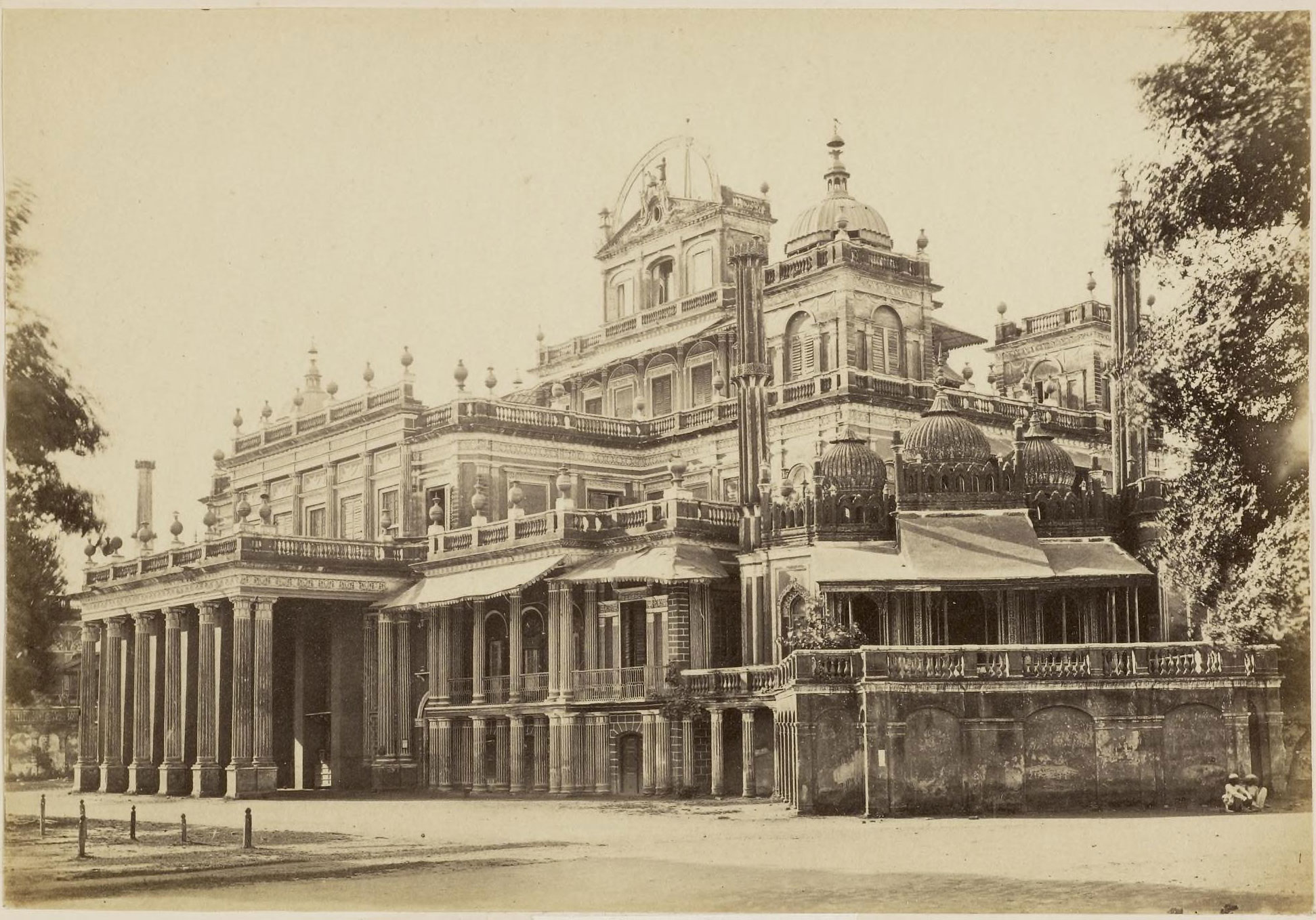 Kaiser pasand palace lucknow 1870 39 s old indian photos for Home architecture in lucknow