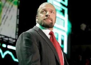 ماكمان يعطي الدعم الكامل لـ تريبل اتش في إدارة WWE