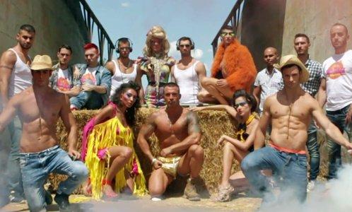 toro club cerco gay milano