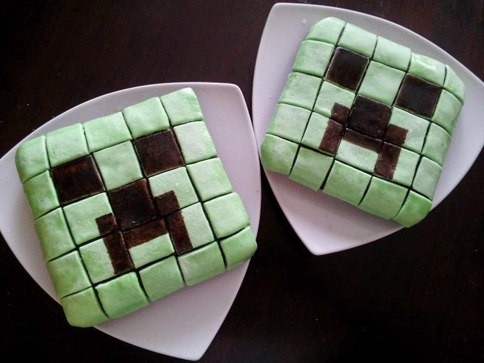 Minecraft Creeper cake, Minecraft cake, baking, fondant, Minecraft party, kids party, cake decorating