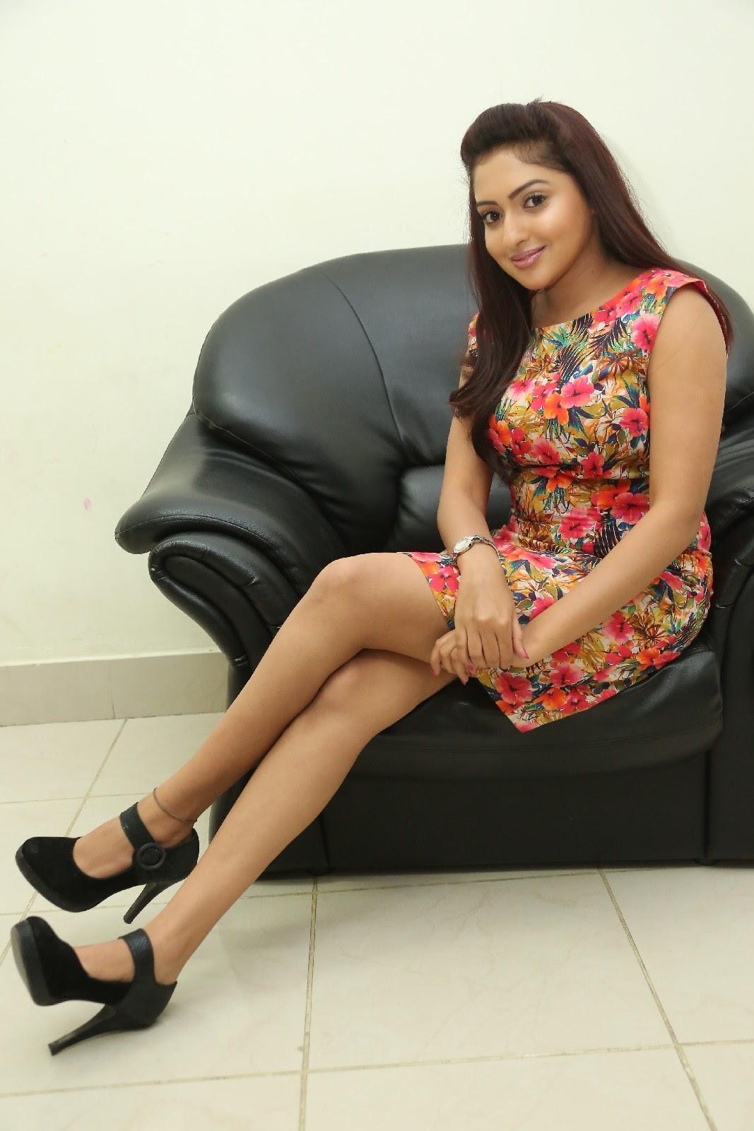 Anjana deshpande sizzling photos-HQ-Photo-1