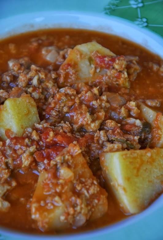 Carne Vegetal Moída com Batata (vegana)