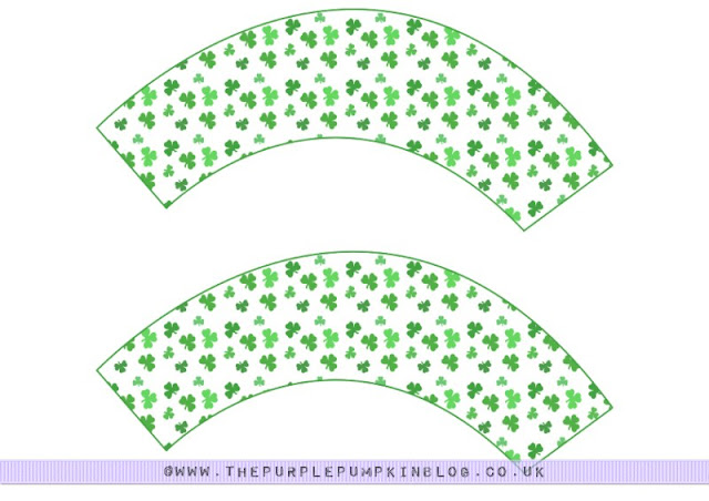 #Shamrock St. Patricks Day #Cupcake #Wrappers. Free Printable!