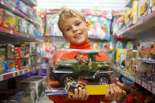 Buying Guide For Boys Toys : The ultimate toy buying checklist