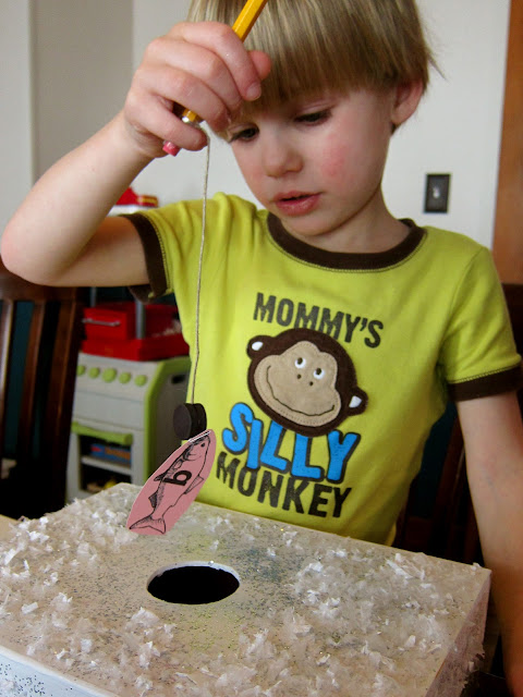 Ice fishing for letters and numbers for Ice fishing games free