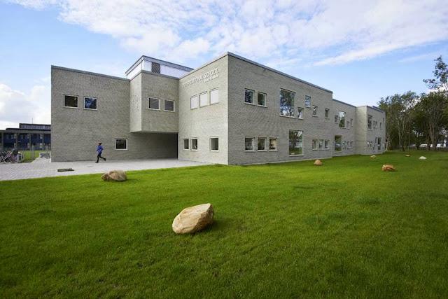 07-International-School-Ikast-Brande-by-C.F.-Møller-Architects