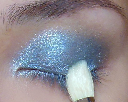 Glacial eye makeup tutorial quick frosted aqua the for Effet miroir psychologie definition