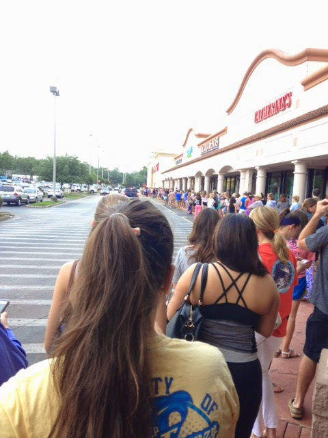 lilly pulitzer for target launch crowd line waiting