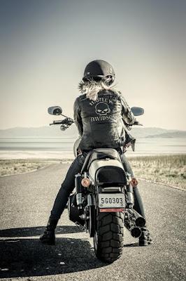 140515-harley-davidson-women-motorcycle-rider
