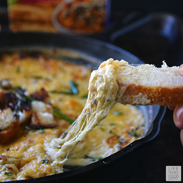 Life Tastes Good: Skillet French Onion Soup Dip