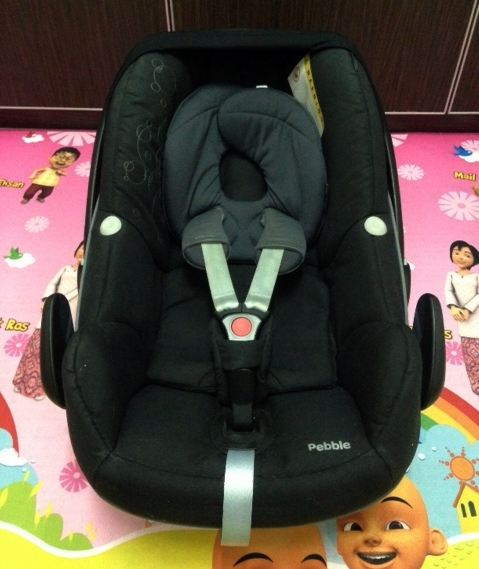 mama panda 39 s blog preloved maxi cosi pebble black for. Black Bedroom Furniture Sets. Home Design Ideas