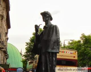 estátua do Sherlock Holmes