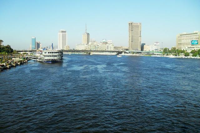 Каир. Нил. Современный город