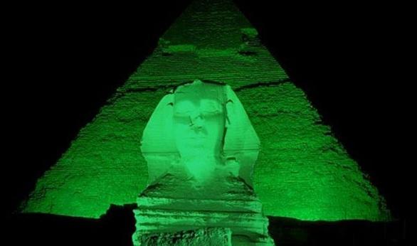 Pyramids green
