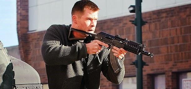 Chris Hemsworth pode estrelar reinicio de Máquina Mortífera