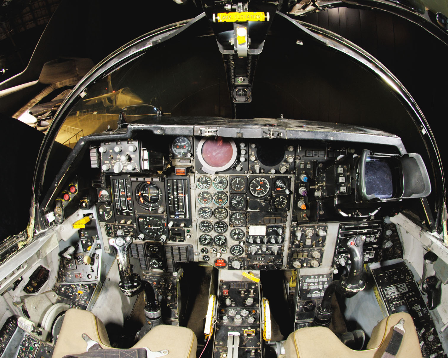 "HI-TECH Automotive: F-111 ""Aardvark"" Cockpit"