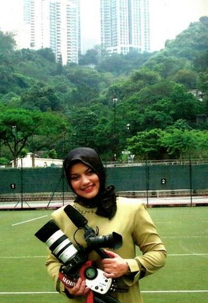 Marissa Haque di Hong Kong, Foto oleh Menik Kodrat.