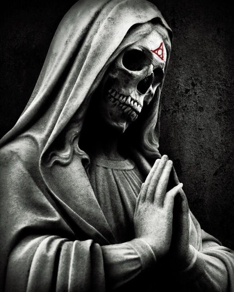 Lời Nguyền Bí Ẩn: Vết Cắn của Quỷ ...