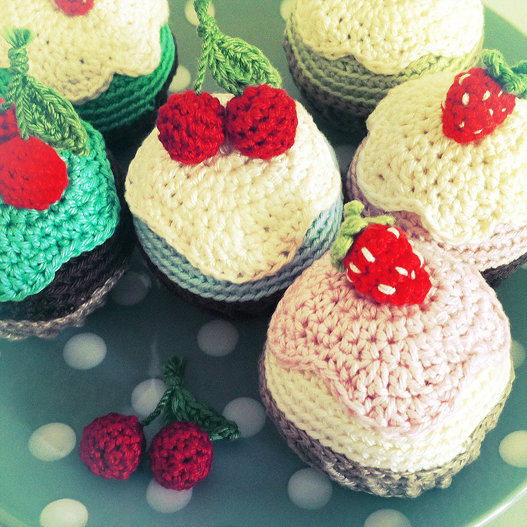 Free Patten Cupcake Pattern Free Amigurumi And Crochet Patterns