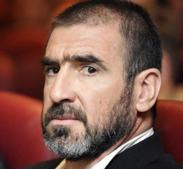 Eric Cantona agacé par Laurent Delahousse
