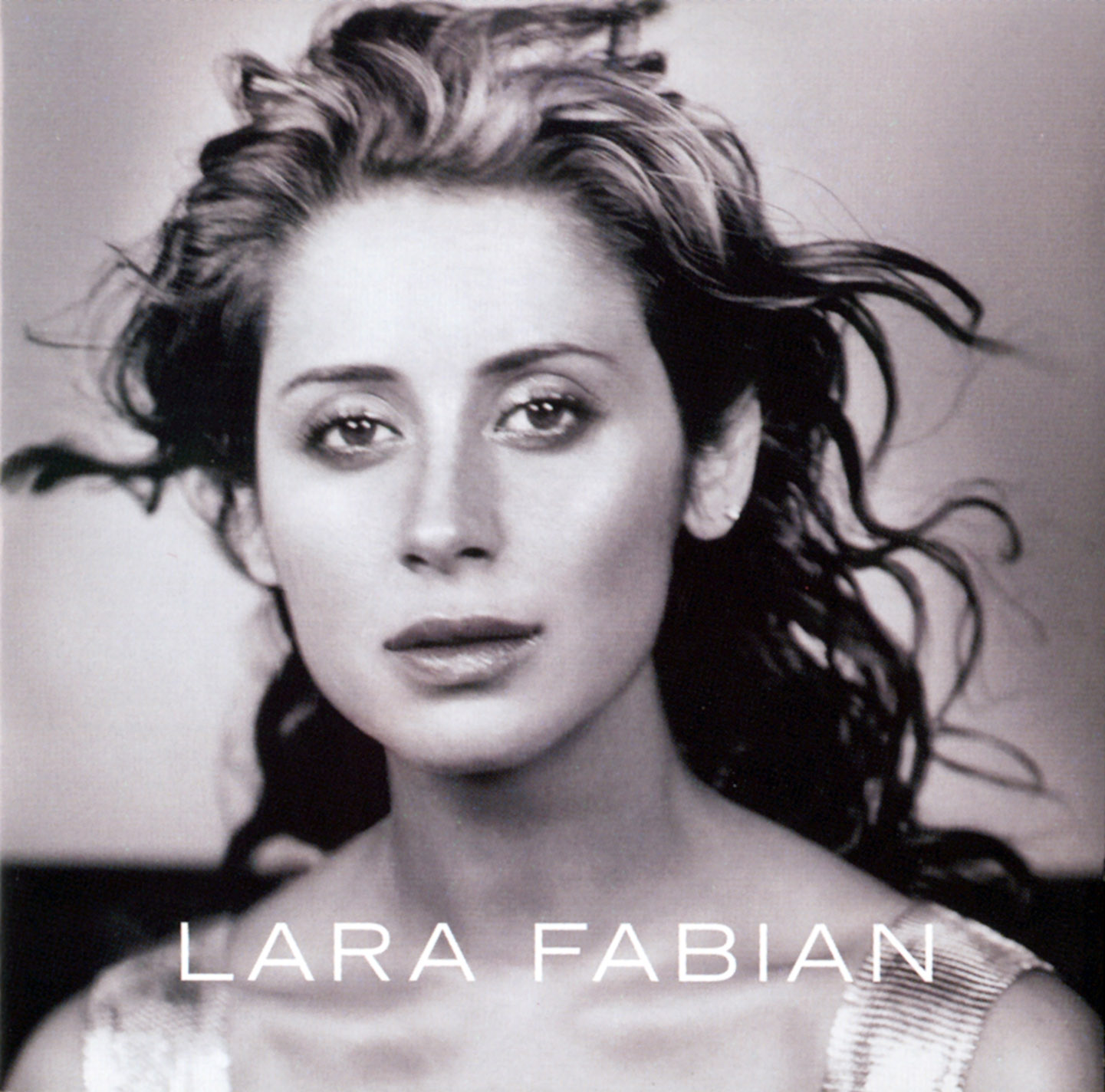 http://1.bp.blogspot.com/-jxCkWUYfgYg/TZhOiSTx0AI/AAAAAAAAeqs/CXyAStI_x_s/s1600/Lara_Fabian--Frontal.jpg