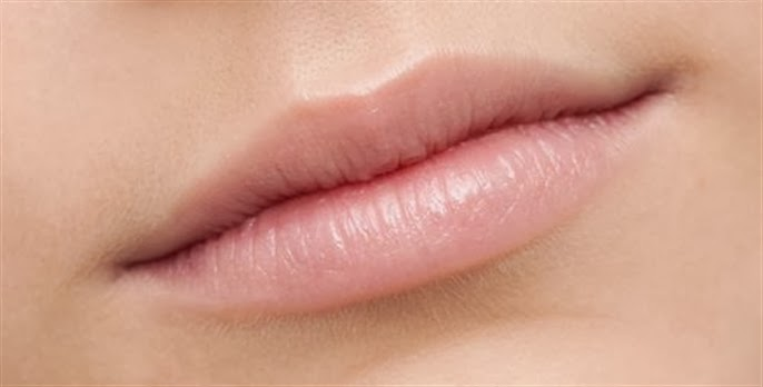 HEALTHY AND BEAUTIFUL LIPS