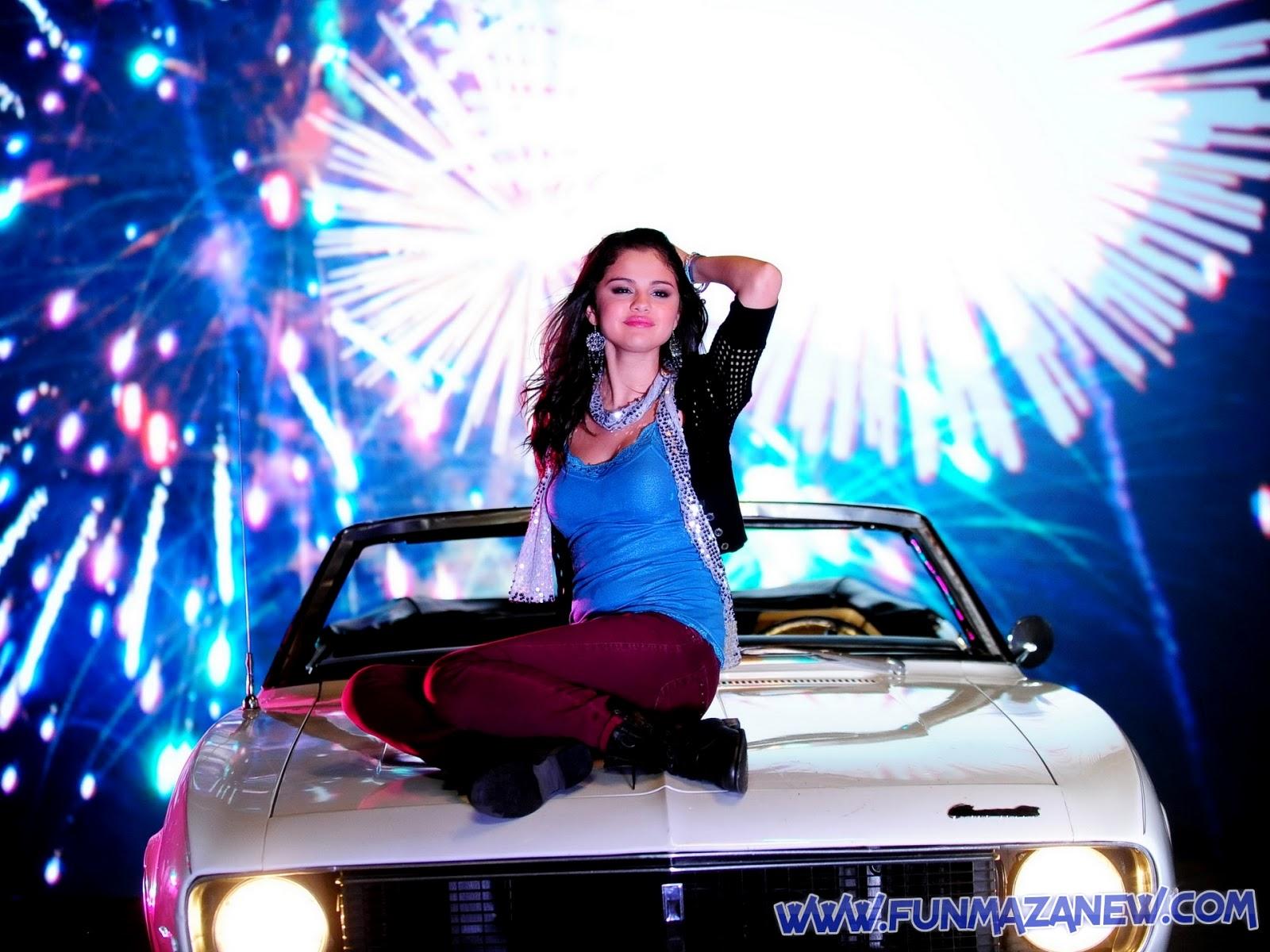http://1.bp.blogspot.com/-jxHY-YUe6fU/UYpYw2s8ByI/AAAAAAAAAzs/FNPuFaA34hM/s1600/selena-gomez-221737+www.funmazanew.com.jpg