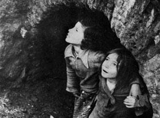 İki Küçük Kız