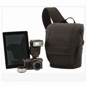 Flipkart: Buy Lowepro Urban Photo Sling 150 Camera Bag at Rs.999