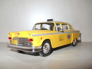 taxi Checker Marathon escala 1:43