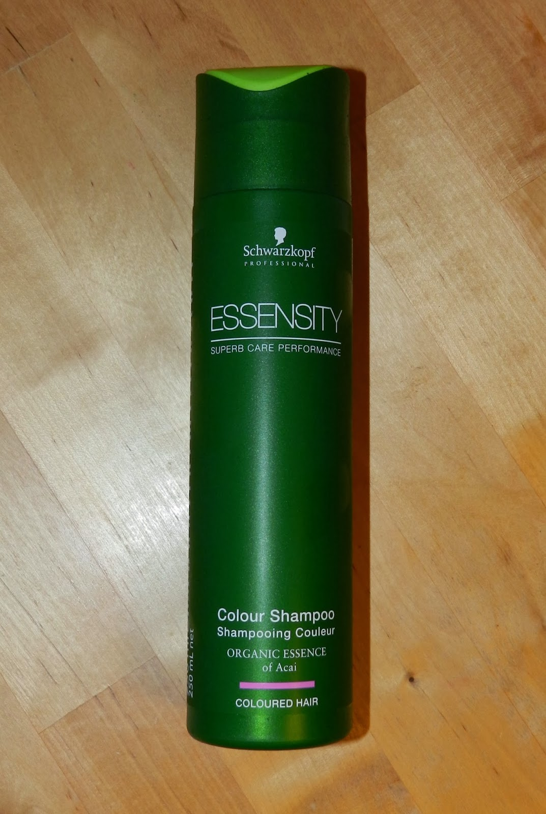 Unfade what fades: Schwarzkopf Essensity Colour Shampoo review
