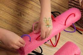espaguete,Coordenação Motora,coordenação motora fina, educação infantil,brincar,brincadeiras,creche,